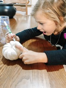 decorate pumpkins, fall family day
