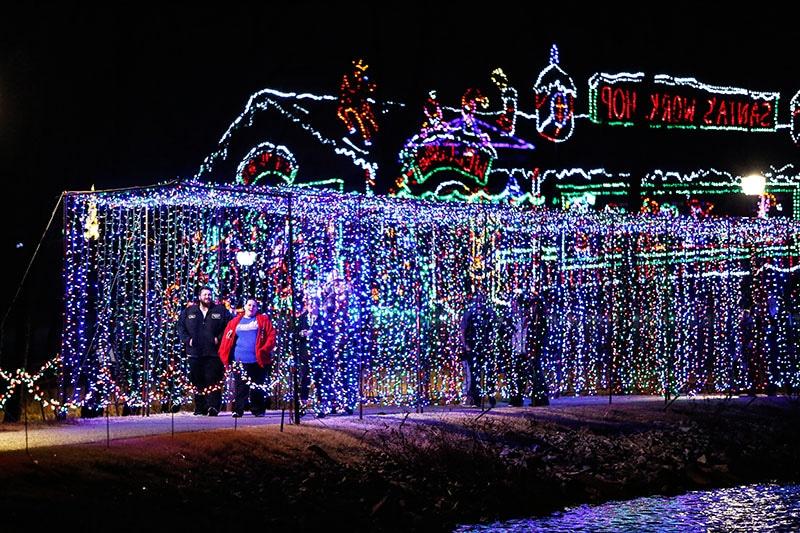 Yukon Christmas Lights 2020 FREE Yukon's Christmas in the Park   MetroFamily Magazine